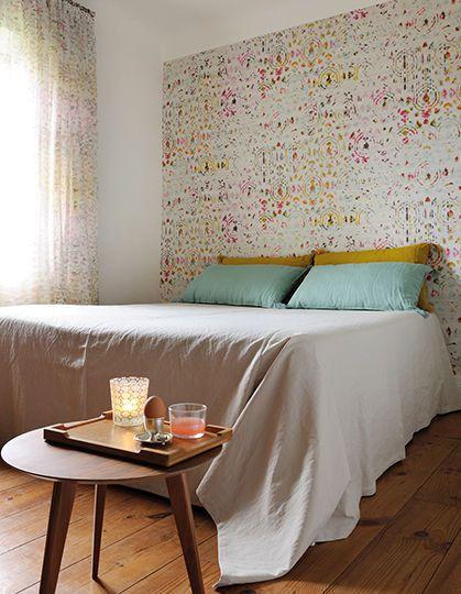 Papier peint chambre : quelles sont les couleurs appropriées ?